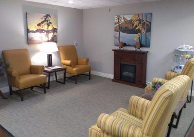 Common area lounge
